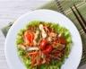 Salade fraîcheur aux légumes et escalopes de poulet