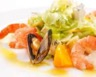 Salade méditerranéenne aux deux agrumes
