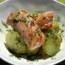 Salade tiède de pomme de terre vinaigrette à l'oseille et saumon mi-cuit