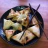 Samoussa de noël au foie gras et confit d'oignon figues