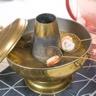Soupe chinoise de crevettes et calamars à l'eau de citronnelle