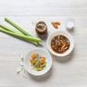 Soupe thaï : légumes et bouillon au lait de coco