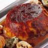 Suprème de volaille farçi à la fourme d'ambert cuisses rôties gâteau de pommes de terre à la cr...