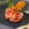 Tartare de saumon tomates confites et clémentines