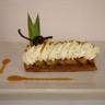 Tartelette semi-inversée ananas raisins coco et caramel de passion