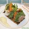 Tartine de filet de porc simplement rôti Béarnaise et fricassée de légumes de saison