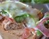 Tartine de jambon cru roquette chèvre et miel