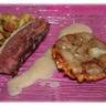 Tatin d'échalotes à la poire et sauce poire vanille et ravioles croustillantes