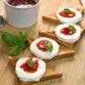 Toasts de chèvre à la confiture de poivron-fraise