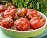 Tomates farcies au poulet oignons confits relevées au citron