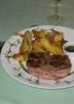 Tournedos grillés et pommes frites au gros sel
