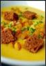 Velouté d'automne de courge au pain d'épices et chèvre frais
