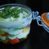 Verrine de légumes grillés au fromage blanc aromatisé à l'avocat