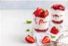 Verrines de fraises à la menthe et fromage blanc