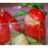 Verrines de tomates 'coeur de pigeon' farcies aux anchois et légumes sautés façon thaï