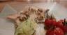 Aile de raie poêlée et son beurre infusé aux palourdes purée de pomme de terre à l'huile d'olive et au cresson petites tomates au four