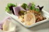 Ballotine de volaille au foie gras vierge aux noix et crumble au vieux parmesan