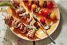 Brochettes de mini saltimbocca aux légumes grillés