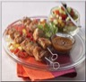 Brochettes de Porc au Miel et Salade Fraîcheur