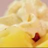 Carpaccio d'ananas mariné à la vanille et aux agrumes pana cotta au chocolat blanc
