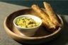 Croustillant d'aiguillettes de poulet marinées au curry maison