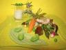 Farandole de petits légumes du printemps purée de fèves veau moutardé à l'ancienne et émulsion de romarin