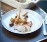 Gigot d'agneau cuit en croûte de sel Le Guérandais panais rôtis et olives noires