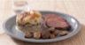 Magret de canard rôti sauce au vin rouge et échalotes gratin Dauphinois aux Champignons de Paris - marrons entiers cèpes et persil