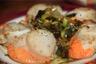 Noix de saint jacques juste poelees et leur fondue de poireaux