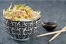 Pad Thai vermicelles de riz sautés aux crevettes oeufs cacahuètes