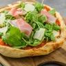 Pizza jambon cru et parmesan