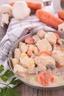 Poulet aux jeunes carottes et à l'estragon