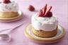 Sablé breton à la lavande mousse au fromage blanc et fraises fraîches