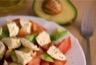 Salade d'avocat tomates cerise et mozzarella