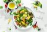 Salade d'avocats aux crevettes et à la mangue