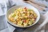 Salade de chou-fleur croquante au maïs et concombre