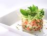 Salade de concombre et saumon fumé