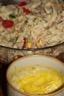Salade de farfalles, thon, tomates, mais et concombre, sauce mayonnaise