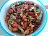 Salade de haricots rouges poulet mariné et crudités