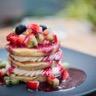Tartines de pancakes aux fruits frais et chantilly