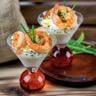 Verrines de yaourt aux crevettes sautées ail et sauce soja